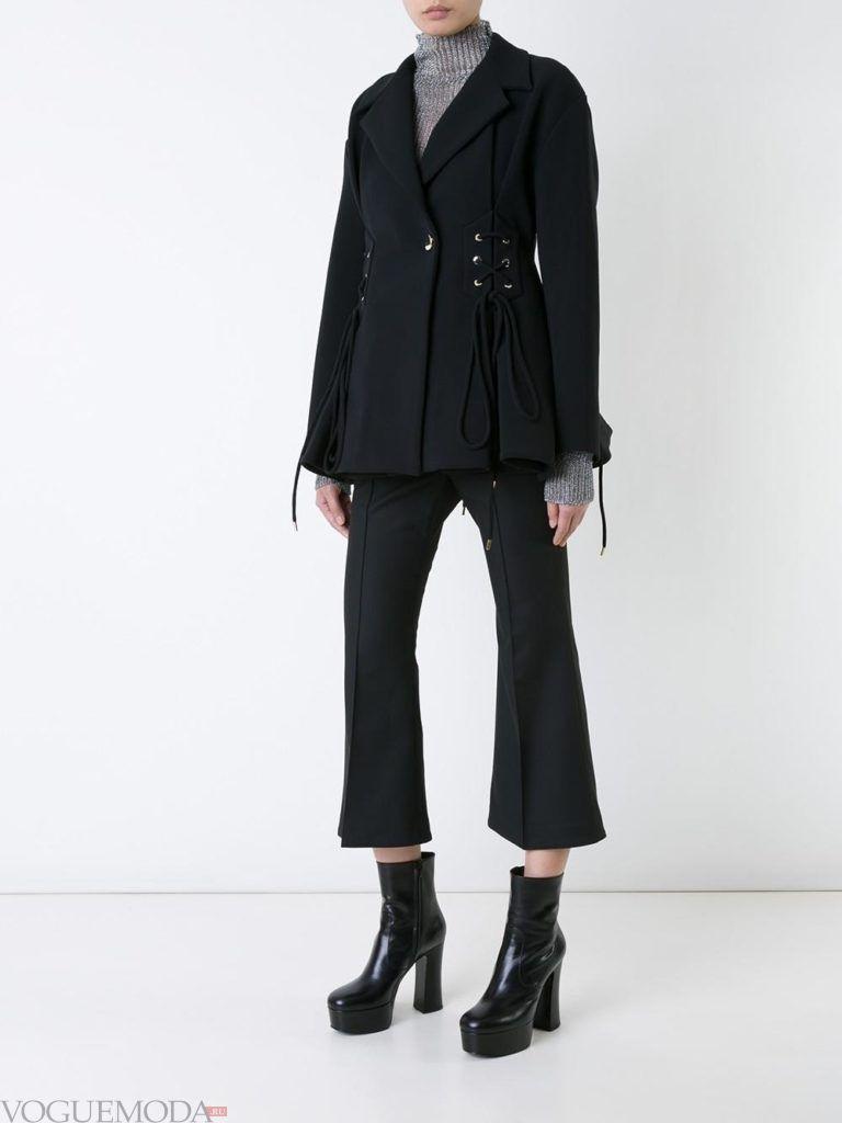 модный пиджак со шнуровкой