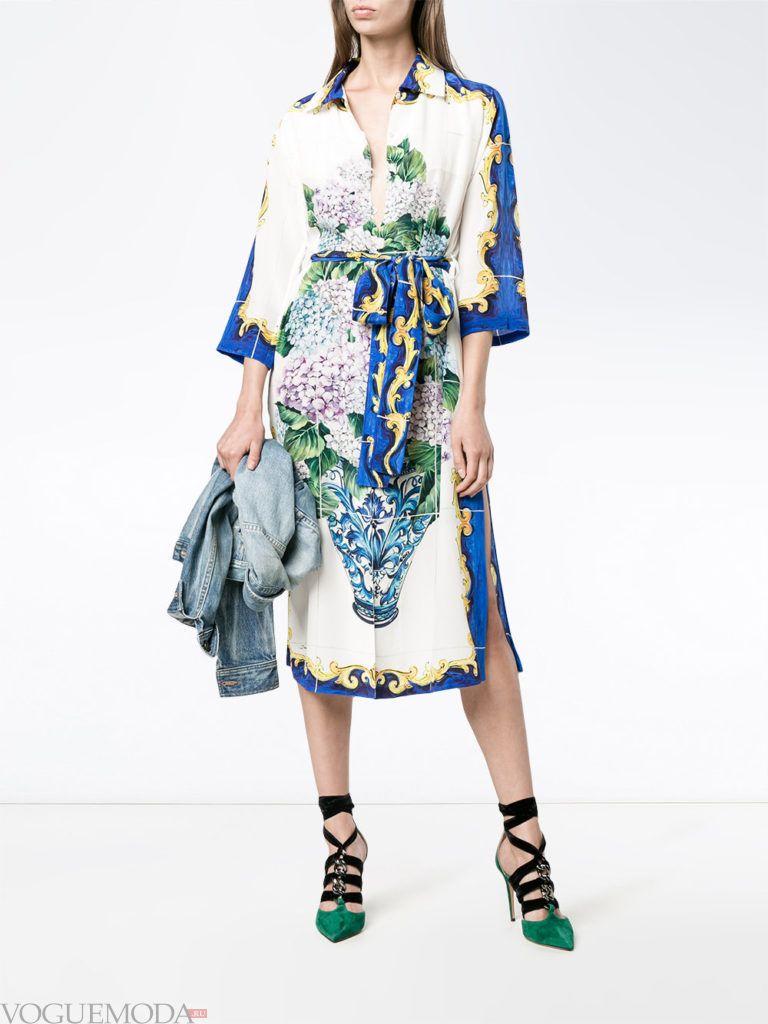 модное платье цветочным принтом яркое
