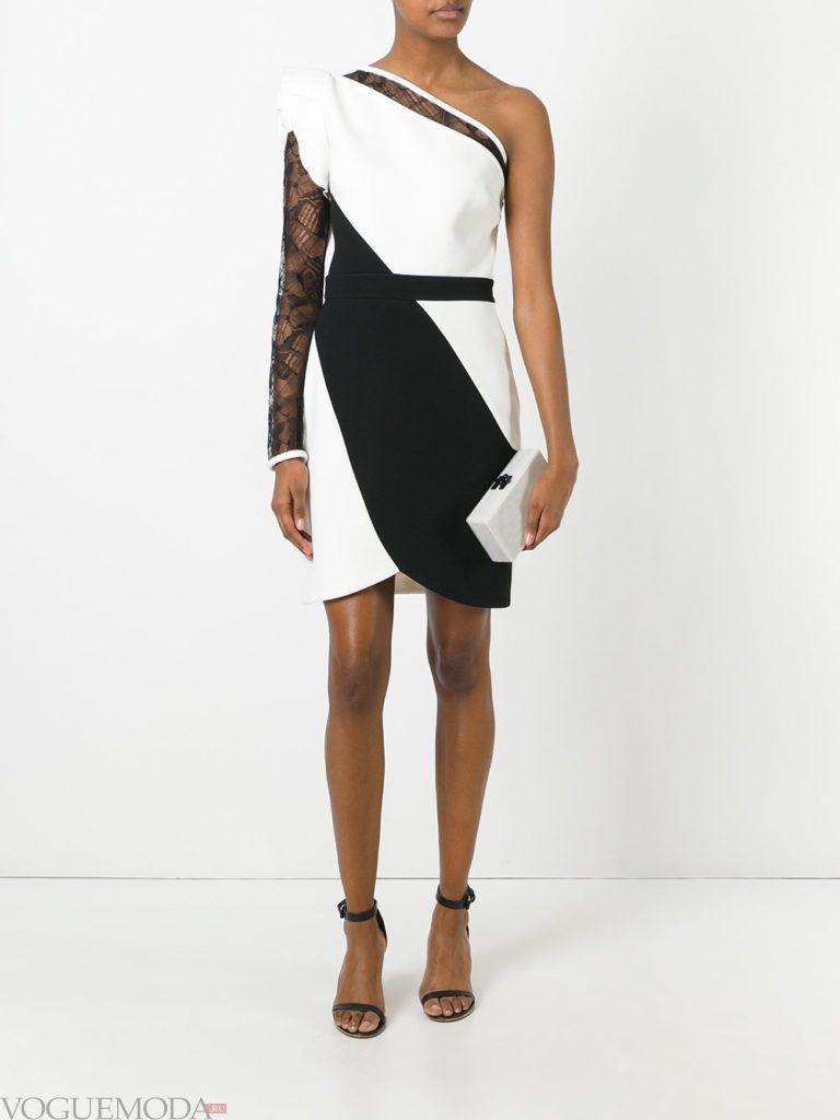 модное прямое платье-футляр двухцветное