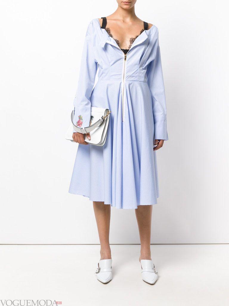 модное платье длины миди голубое