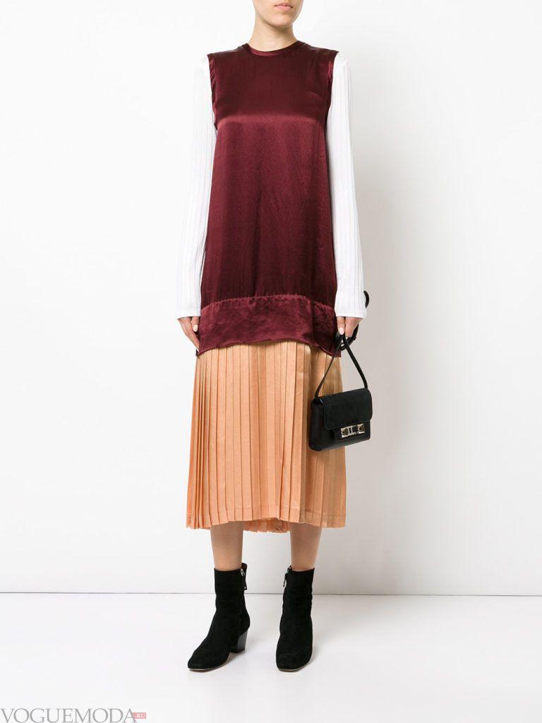 модное гофрированное платье яркое