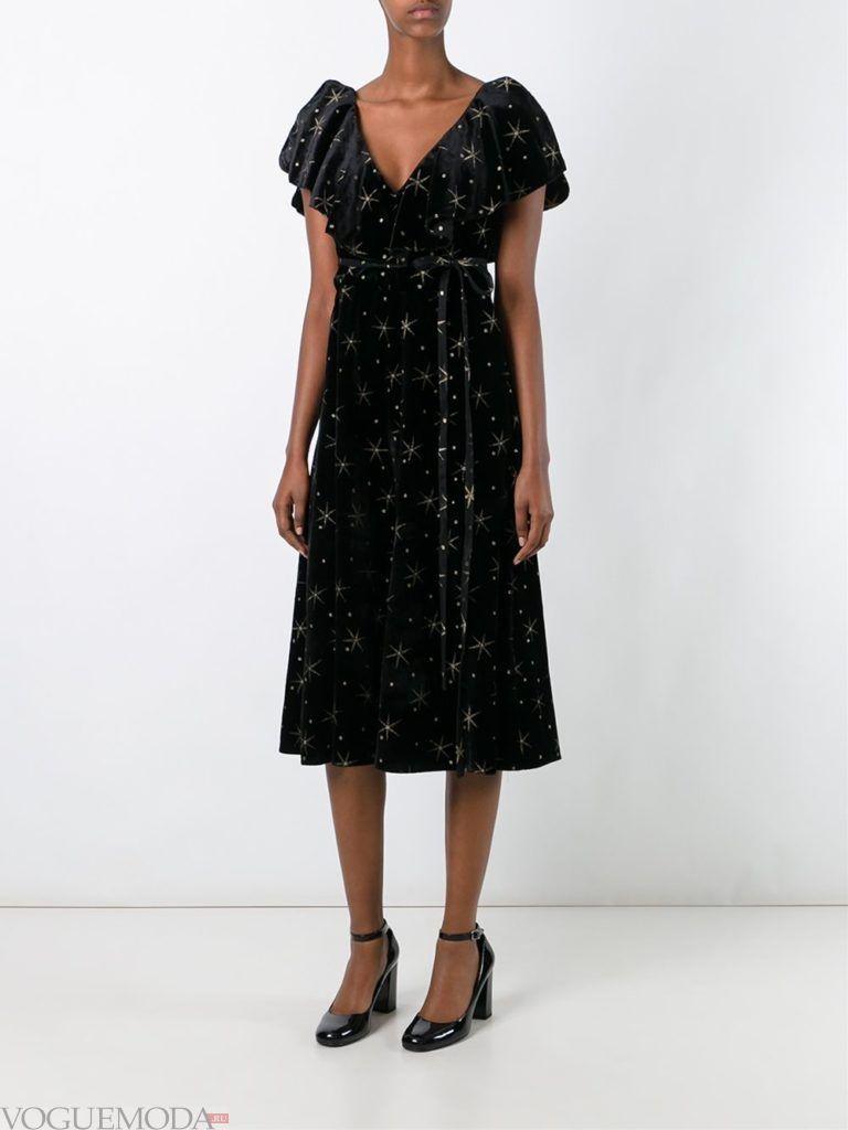 модное платье бархатное