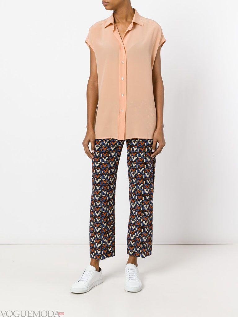 брюки с геометрическим рисунком