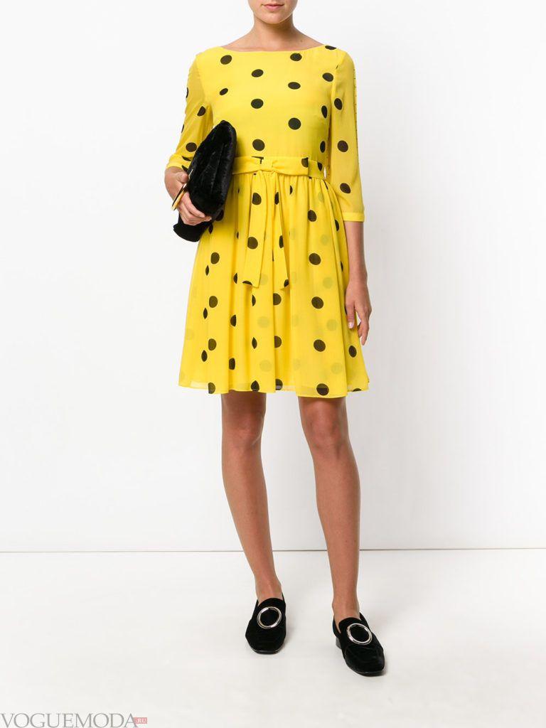 летняя желтое платье в горох