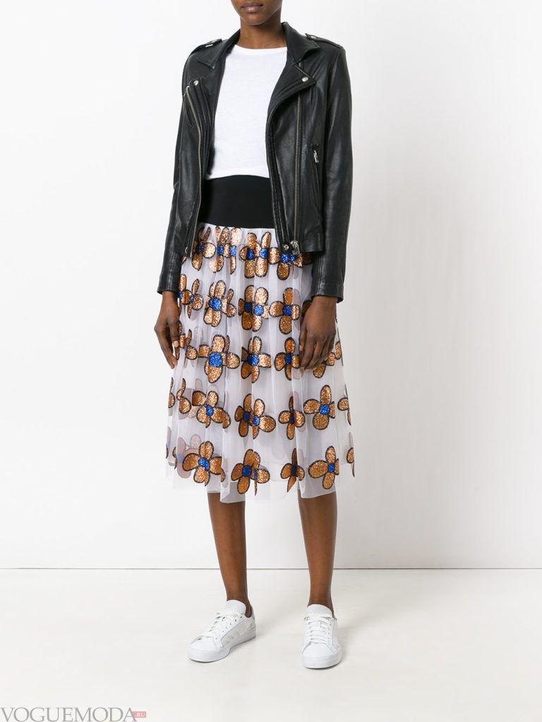 летняя юбка с золотыми цветами