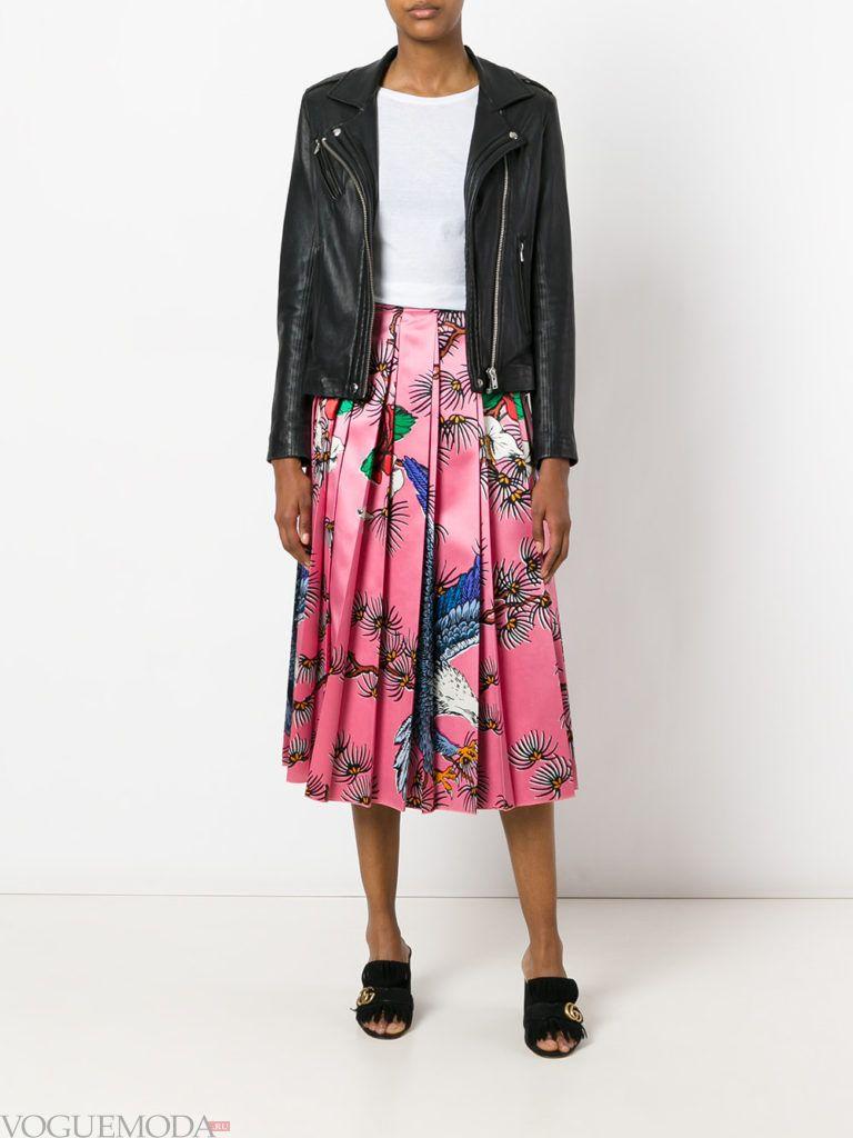 летняя юбка с абстрактным принтом