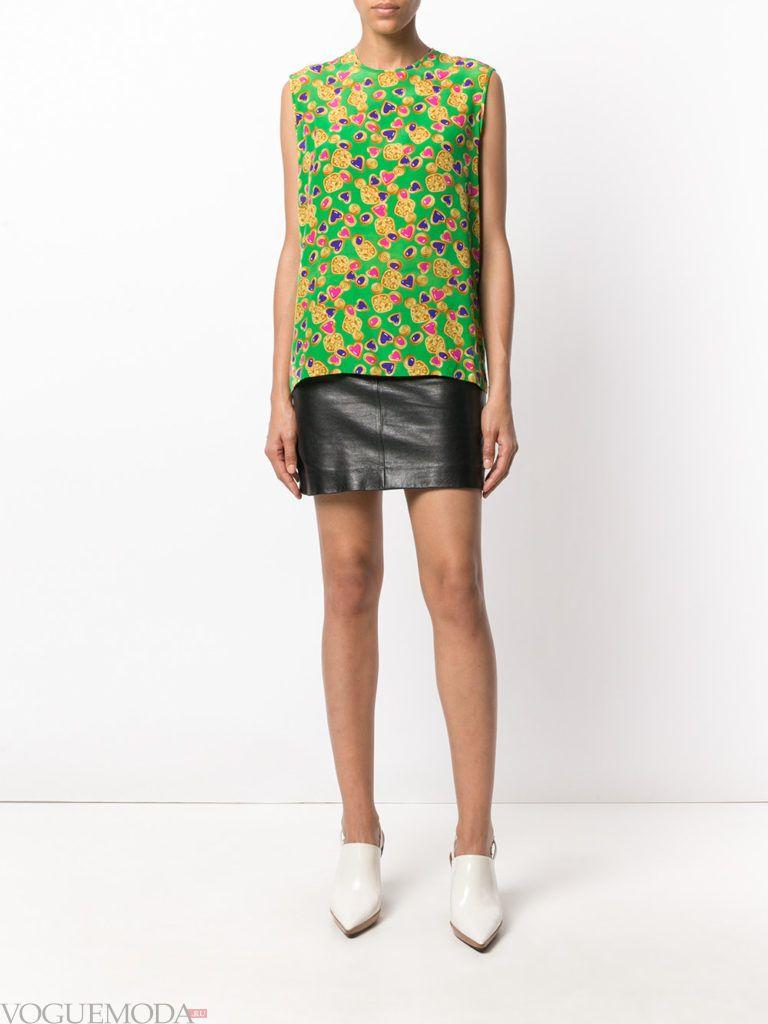 летняя блуза с принтом поп-арт