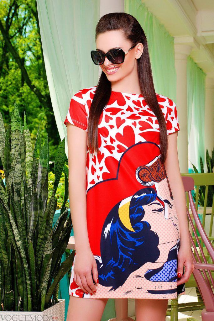 летнее платье с принтом поп-арт