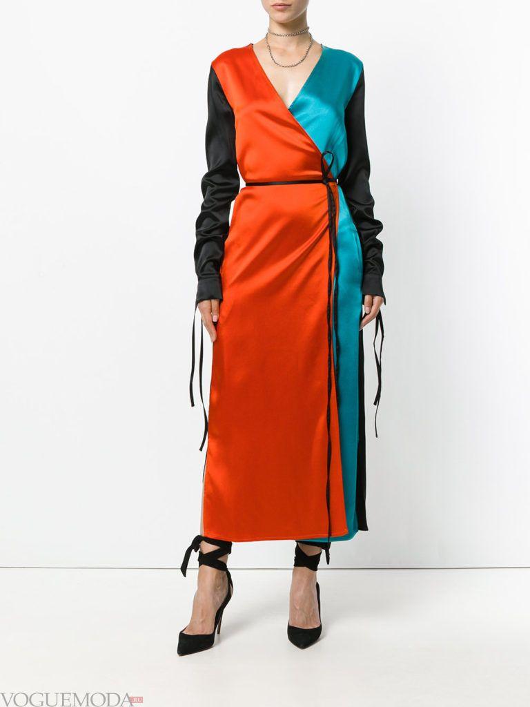 летнее яркое платье с принтом красочные брызги
