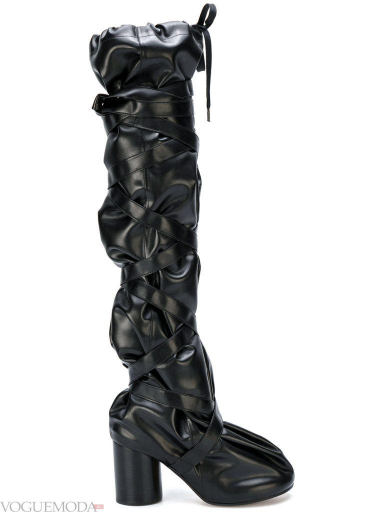 сапоги на устойчивом каблуке черные