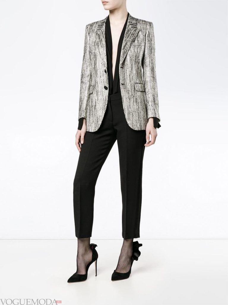 женский серый жакет в стиле oversize