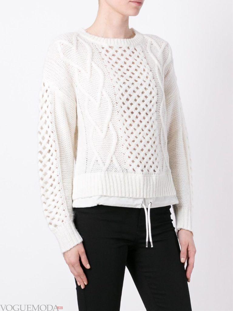 короткий свитер белый