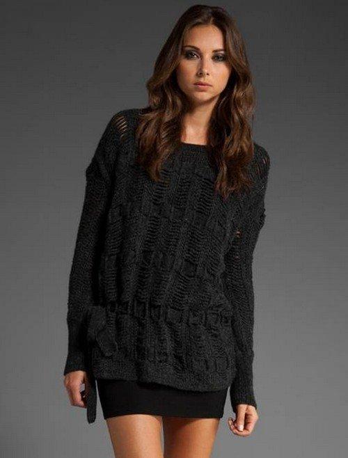 вязаный свитер темный