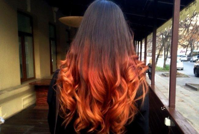 модное обмре на длинные волосы  рыжие