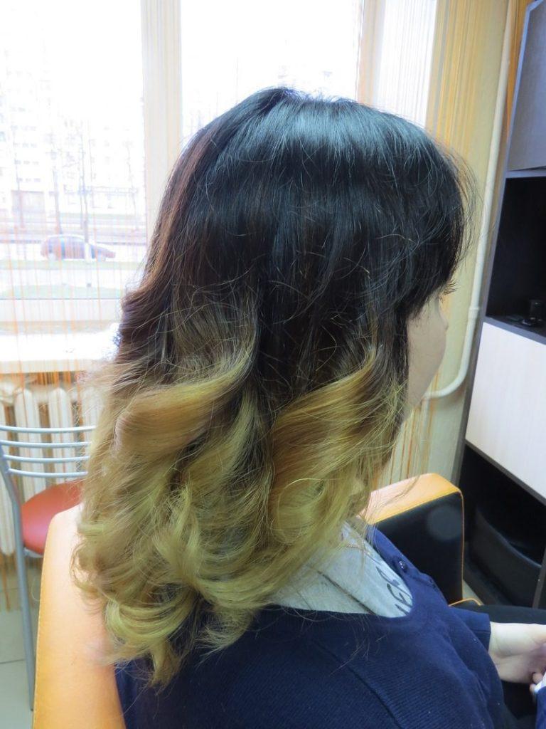модное обмре на длинные волосы  темное со светлым