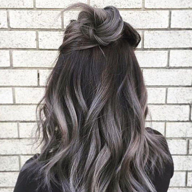 модное обмре на длинные волосы серое