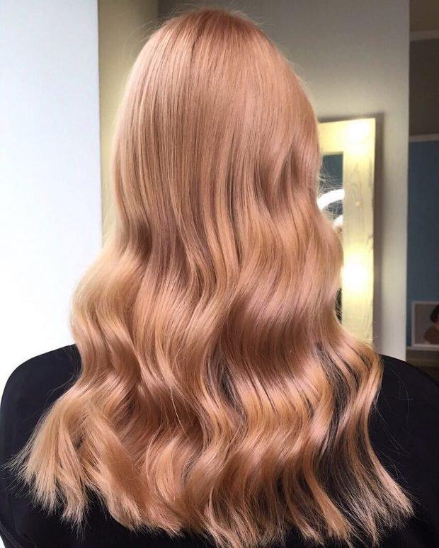 окрашивание «клубничная блондинка» светлое