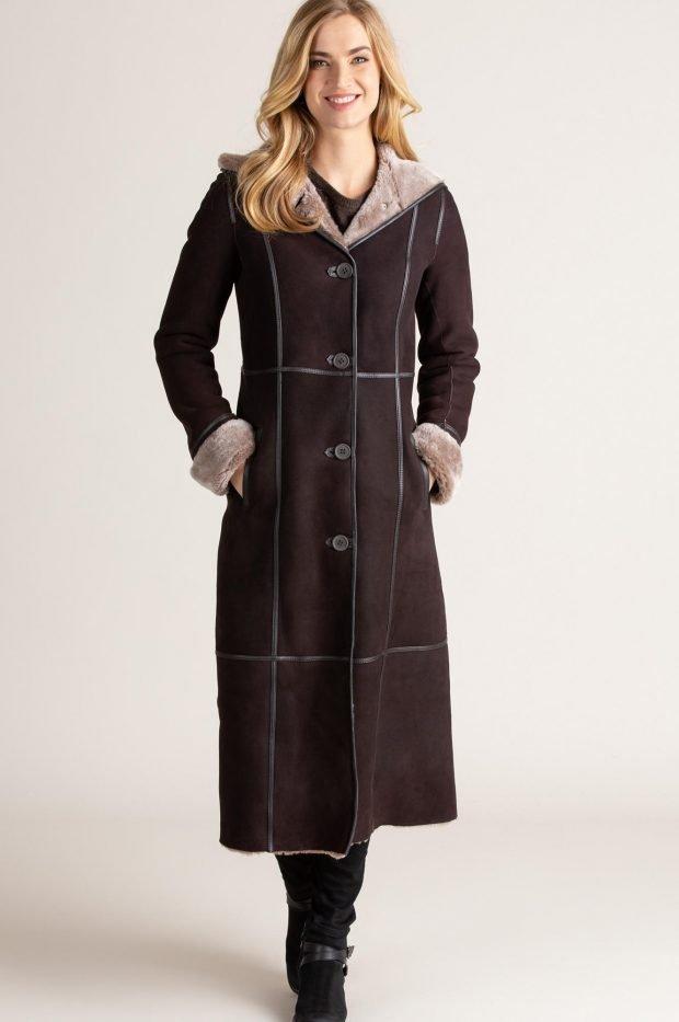 Модные дубленки 2019 2020: темно-коричневая длинная