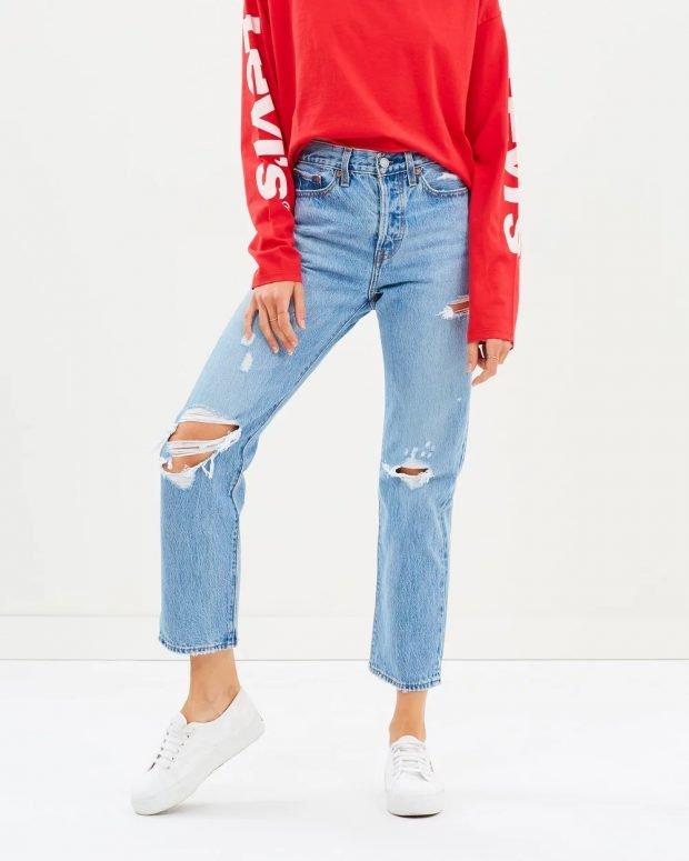 женские джинсы 2019 2020: голубые рваные