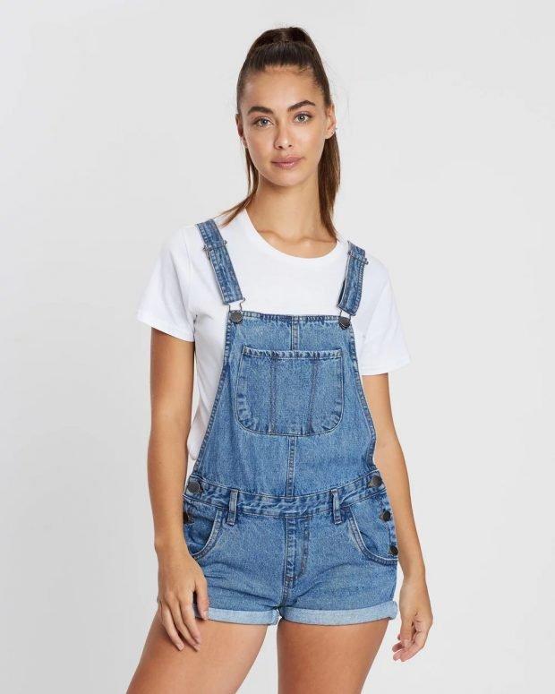 джинсовый комбинезон шорты