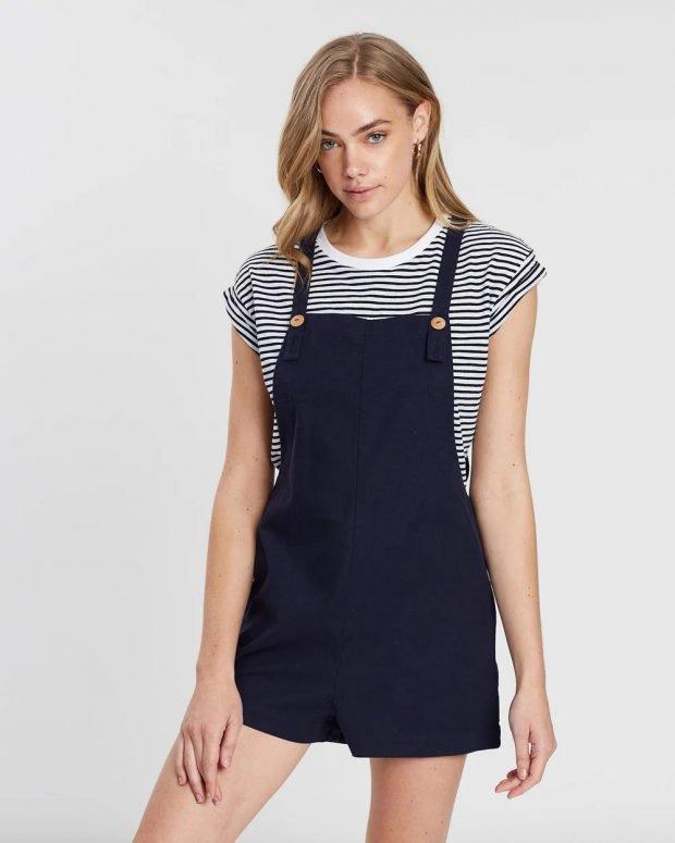 темно-синий комбинезон шорты