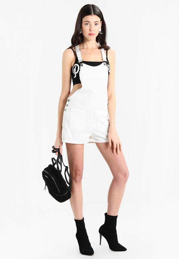белый комбинезон шорты