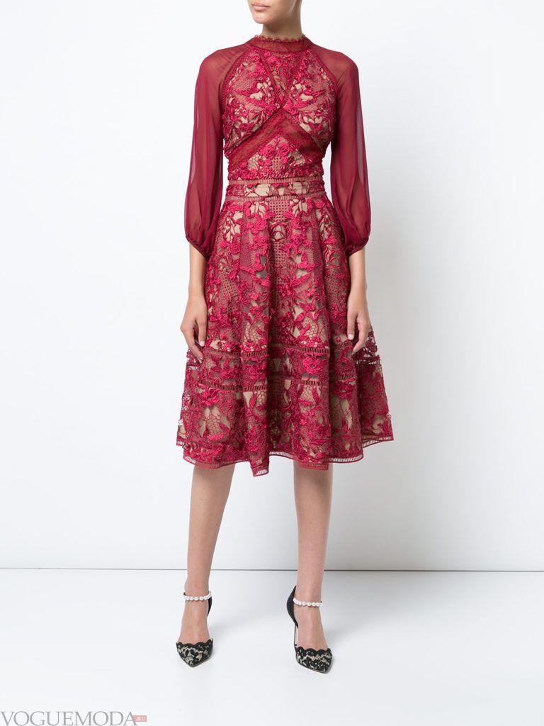 платье с пышной юбкой цветное