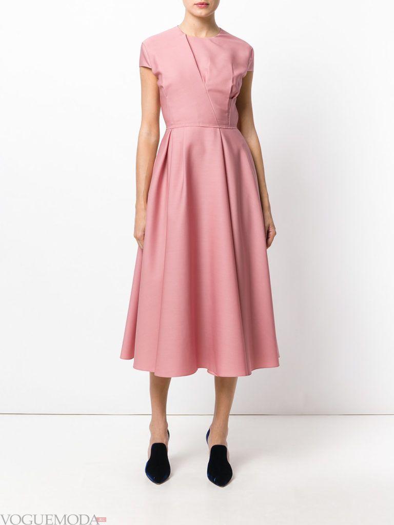 новогоднее платье с пышной юбкой розовое