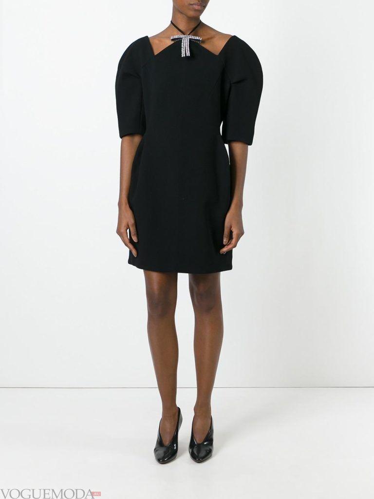 платье со стразами черное