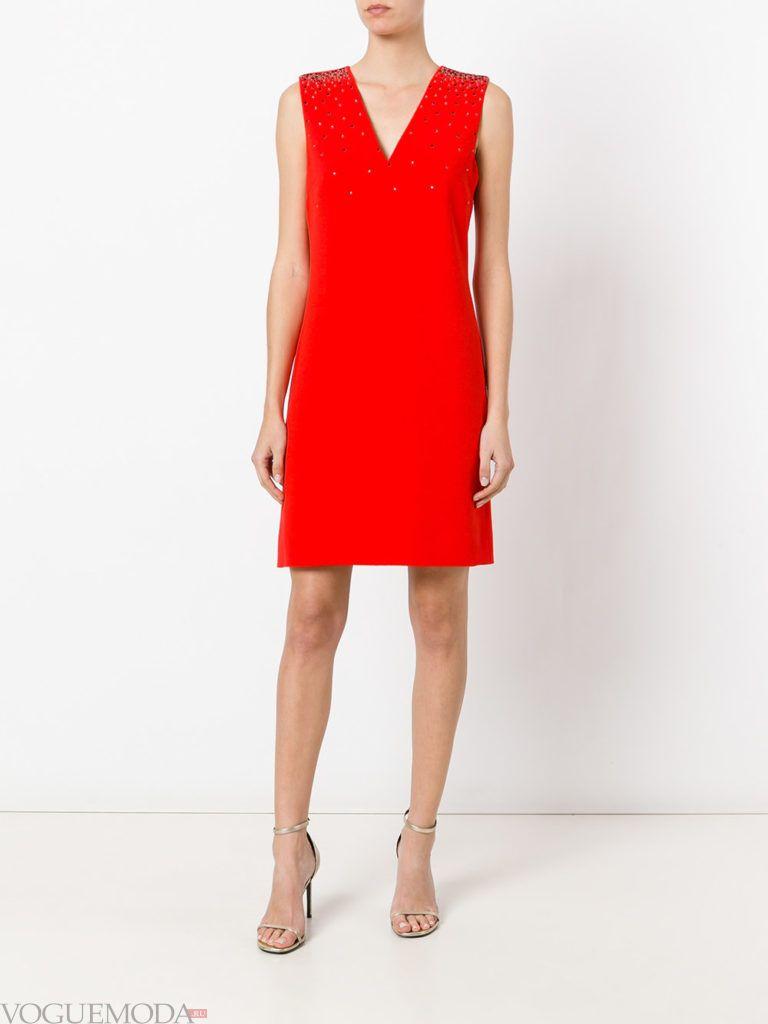 платье со стразами красное