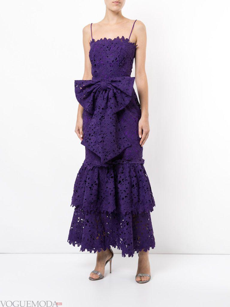 кружевное фиолетовое платье с бантом