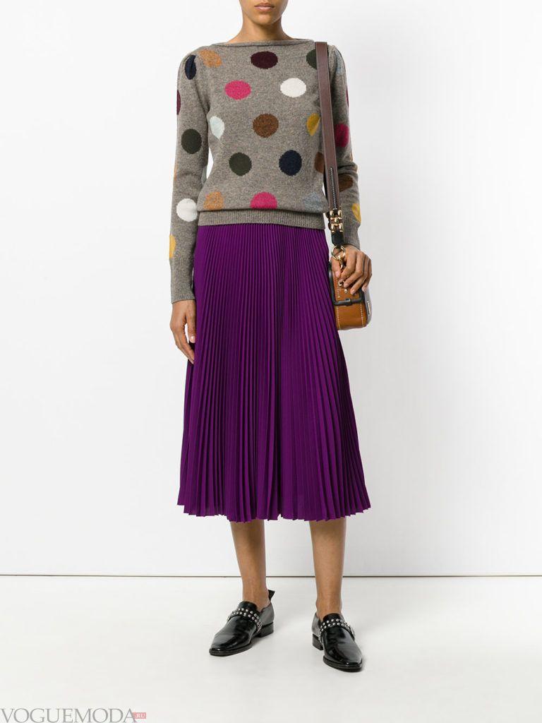 фиолетовая юбка темная