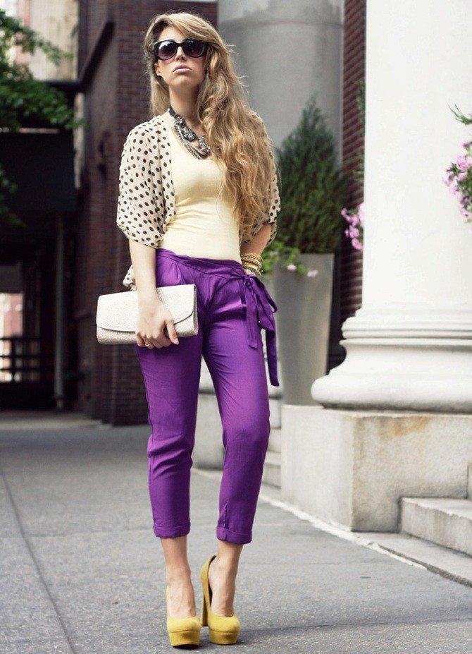 короткие штаны фиолетовые под светлый верх
