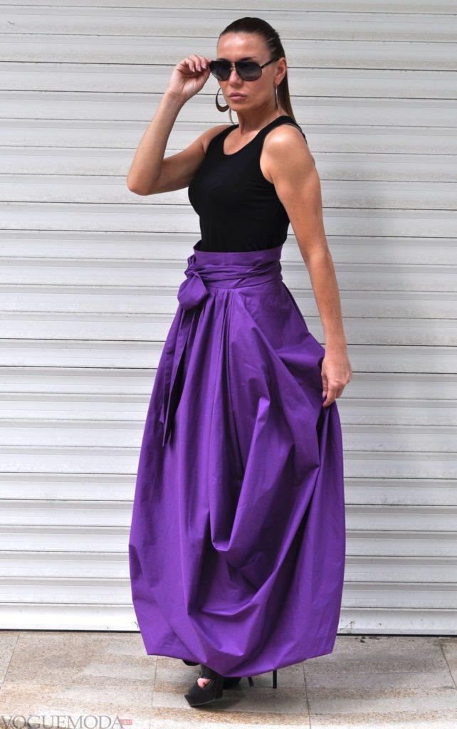 фиолетовая юбка под топ черный