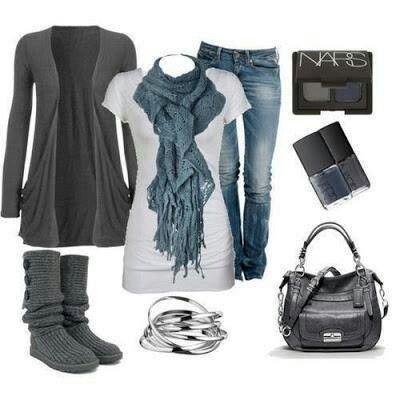 лук с серыми сапогами без каблука модный