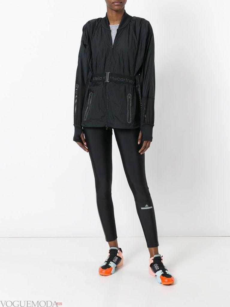 Женский спортивный стиль: куртка черная