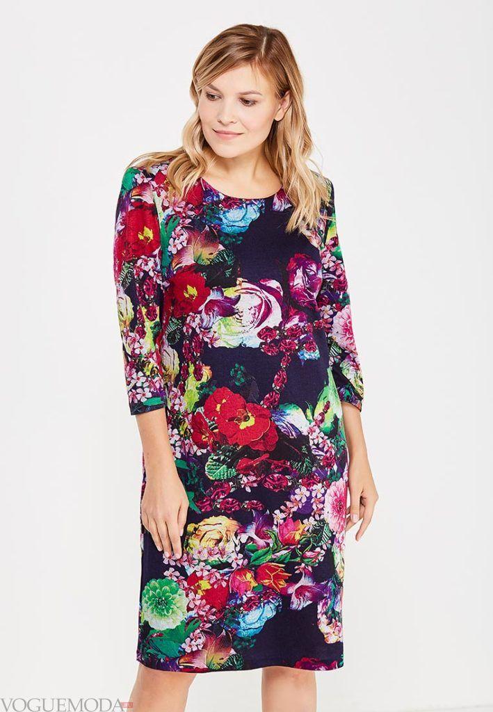 стильное платье для полных с принтом