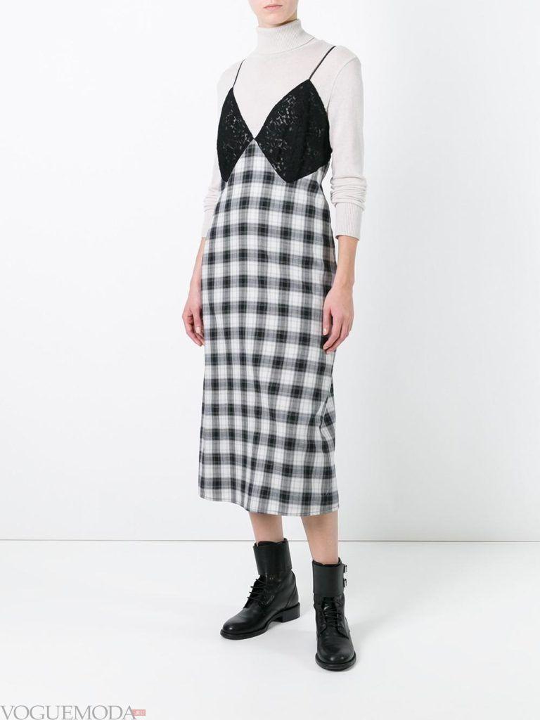 платье в пижамном стиле с принтом