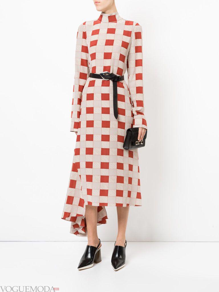 стильное платье с асимметрией с принтом