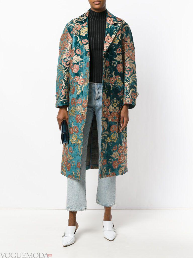 уличная мода пальто-оверсайз с принтом