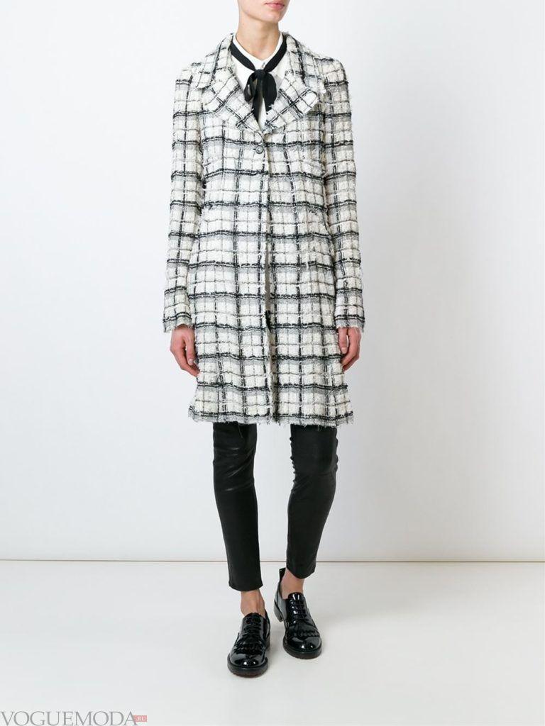 уличная мода пальто в клетку
