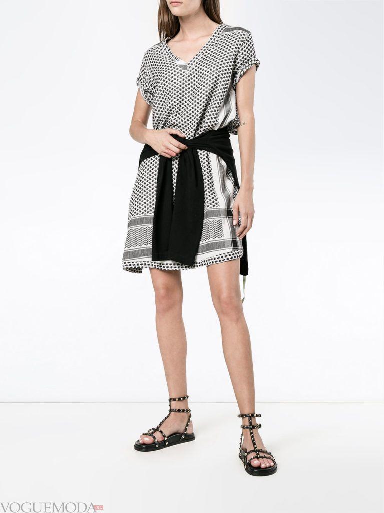 уличная мода платье с принтом