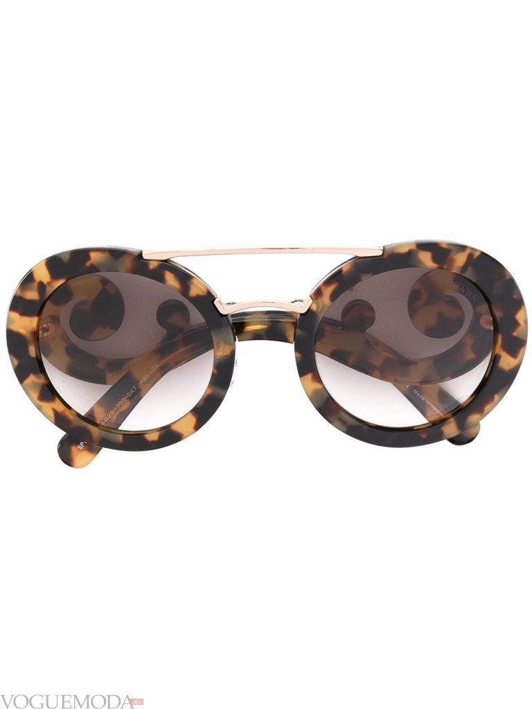 уличная мода солнцезащитные очки яркие