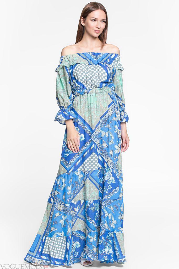 модное уличное длинное платье