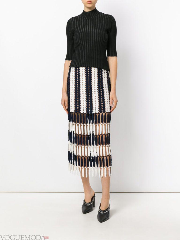 модное платье в полоску