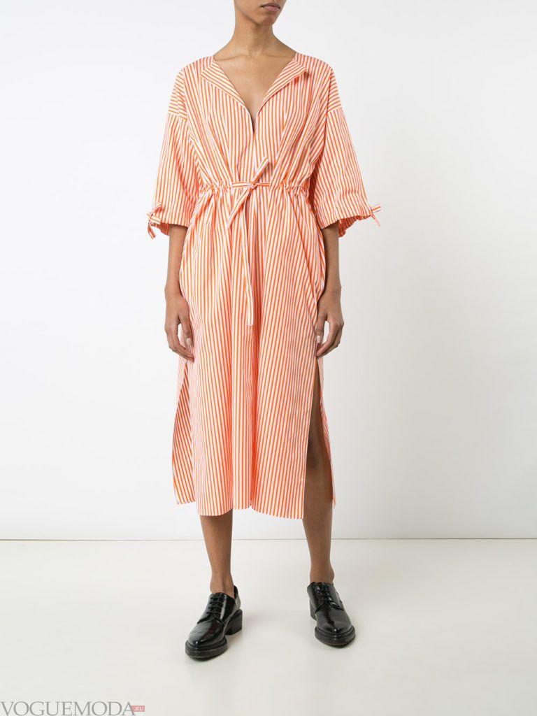 модное платье-рубашка в полоску