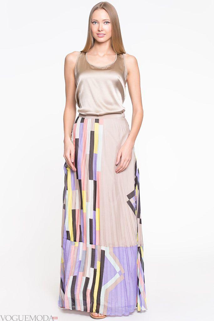 модная плиссированная юбка с принтом