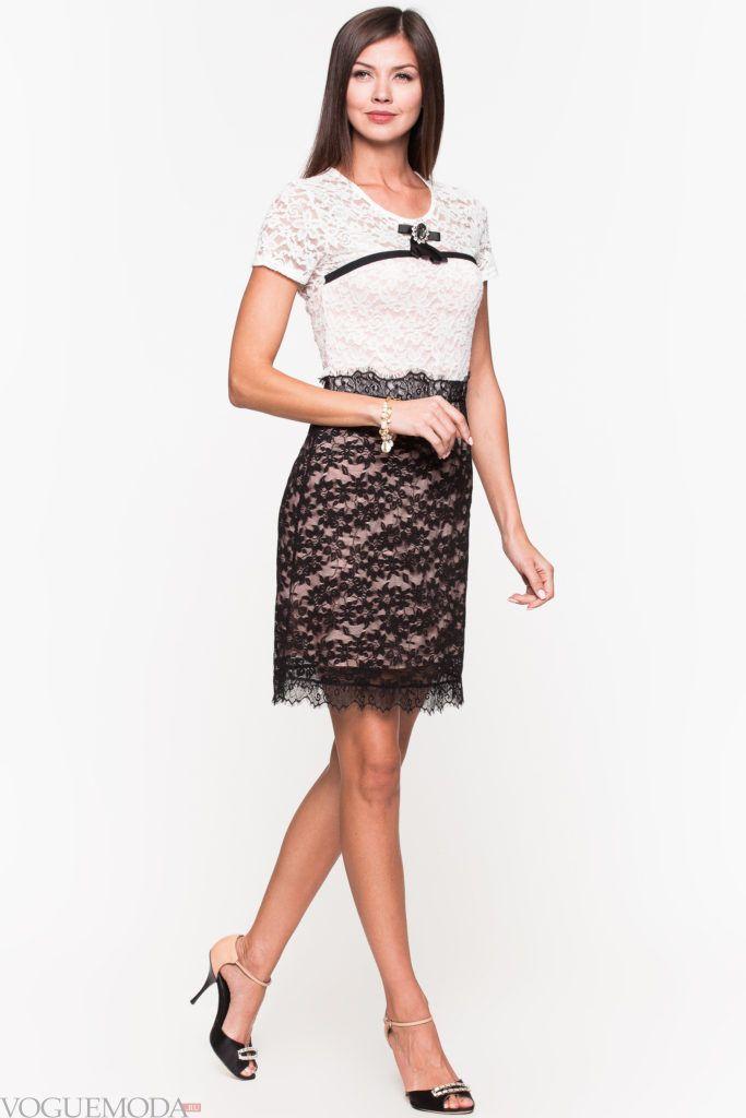 модное уличное платье с кружевом