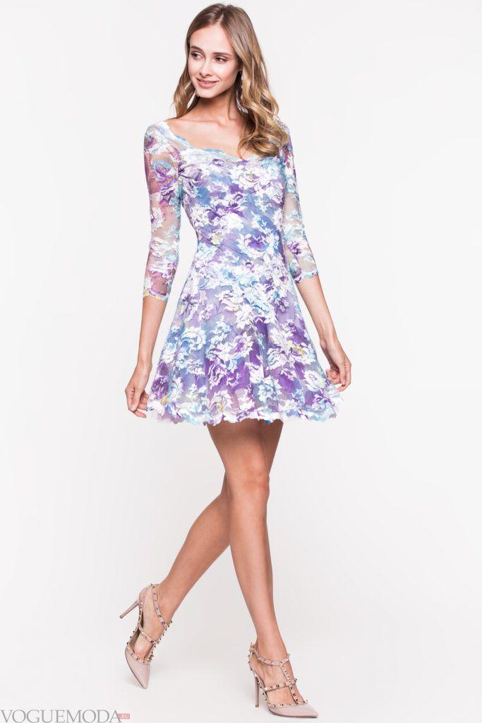 модное уличное платье короткое