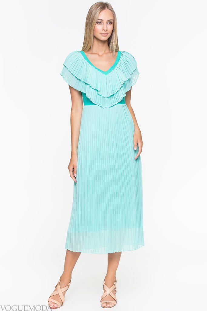 модное уличное платье мятное